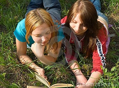 The girlfriends read the book.