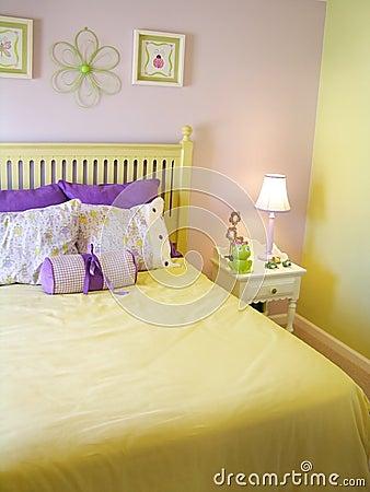 Free Girls Bedroom Royalty Free Stock Photos - 9759528