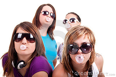 Girls with bubble gum