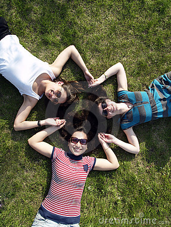 Free Girls Laying On Grass Stock Images - 14219904