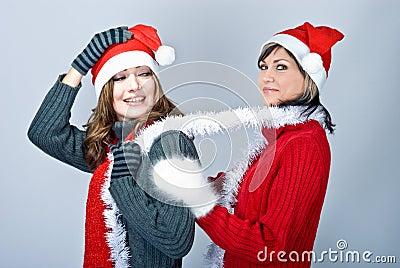 Girls in Santa s caps