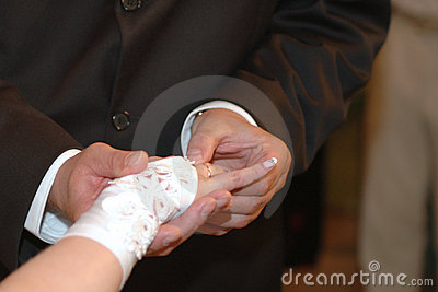 Giving the wedding ring