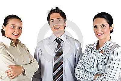 Glückliche Teamarbeit der jungen Leute