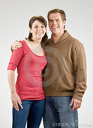 Glückliches Paarumarmen