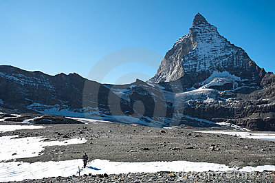 Glacier trail hike