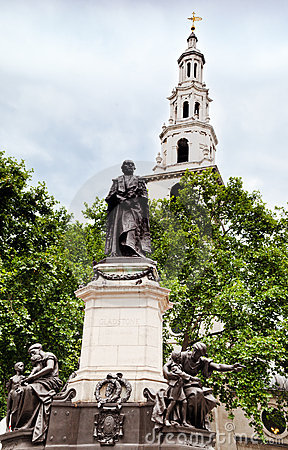 Gladston Monument St Clement Danes Church London