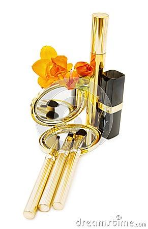 Glamour makeups in golden