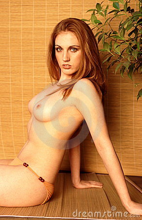 Glamour nude