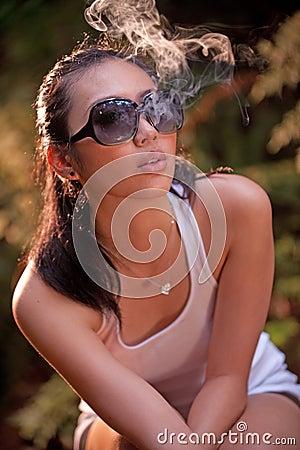 Glamour smoking girl 3