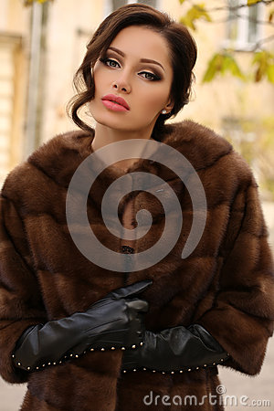 Woman Dark Hair Luxurious Fur Coat Leather Gloves Stock Photos ...