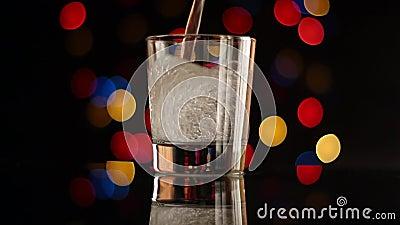 Glas-und Stangen-Lichter stock video