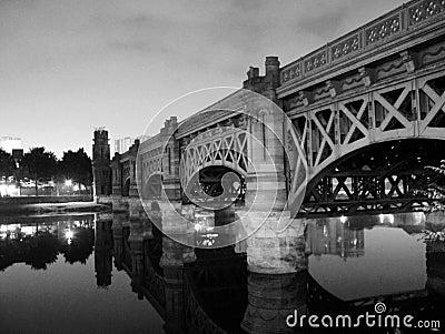Glasgow's - Victoria Bridge