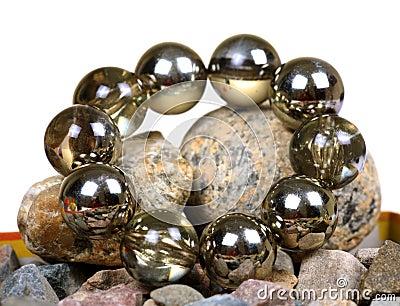 Glass balls bracelet