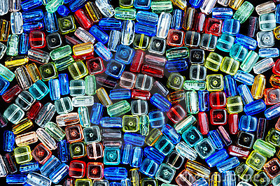 Glass beads for jewelry