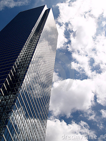 Free Glass Buliding In The Clouds Royalty Free Stock Photos - 2418938