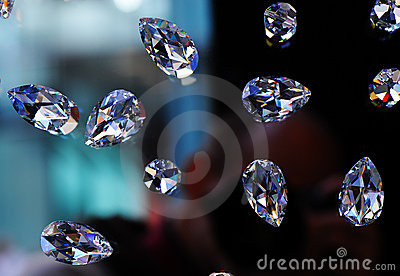 Glass diamonds