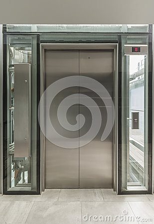 Glass lift