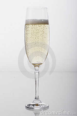 Free Glass Of Champagne Royalty Free Stock Image - 685906