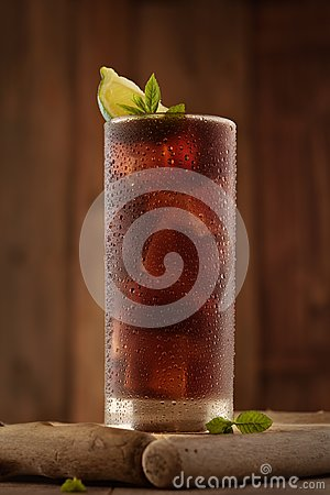 Free Glass Of Cola With Ice. Royalty Free Stock Image - 104334746