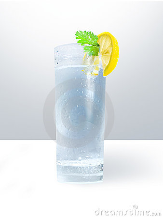 Free Glass Of Cold Water Royalty Free Stock Photography - 21670667