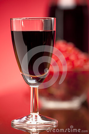 Free Glass Of Fruit Red Wine Royalty Free Stock Image - 25859246