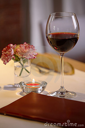 Free Glass Of Red Wine Royalty Free Stock Image - 1980406
