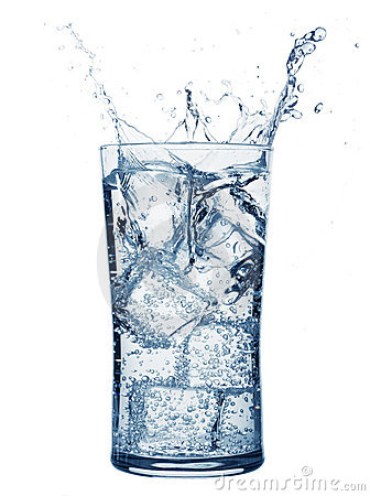 Free Glass Of Water Royalty Free Stock Photography - 5592347