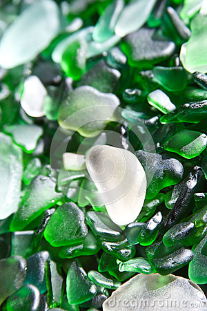 Glass pieces polished by the sea