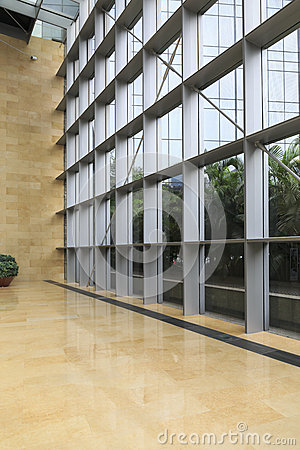 Free Glass Wall Modern Building Royalty Free Stock Photography - 46247667