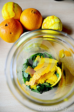 Free Glass With Orange And Lemon Rinds Royalty Free Stock Image - 73125016