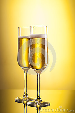 Free Glasses Of Champagne Stock Photos - 27448053