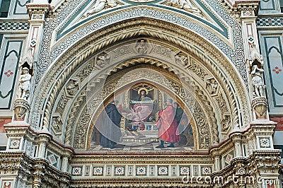 A glimpse of Basilica di Santa Maria del Fiore