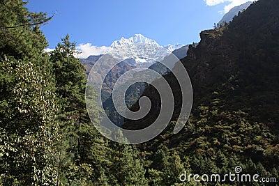 A Glipse of Everest