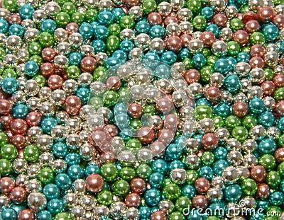 Glittering pearls