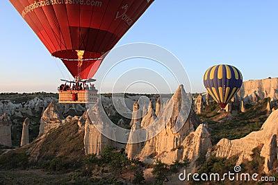 Globos en Cappadocia Foto editorial