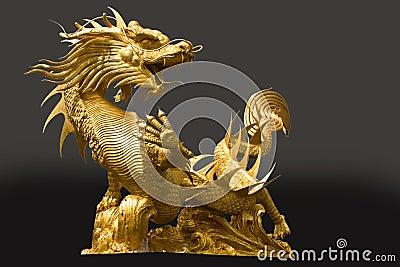 Gloden dragon