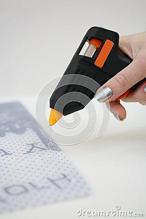 Glue gun usage