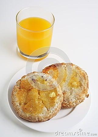 gluten-free-toasted-bread-orange-juice-1