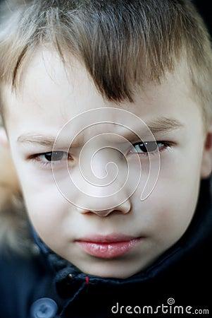 Gniewna chłopiec