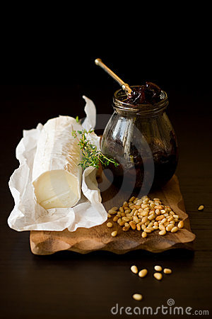 Goat cheese,onion jam,pine nut and  thyme