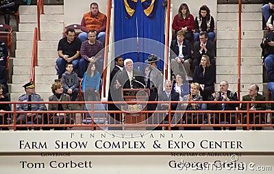 Gobernador Tom Corbett del PA Foto editorial
