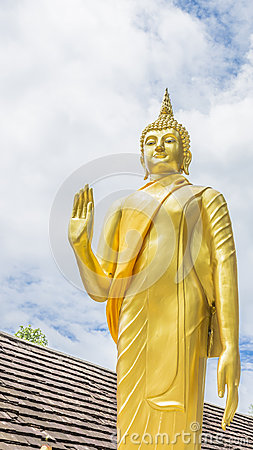 Free Gold Buddha Statue In Thai Temple, Thailand Stock Photo - 43035440