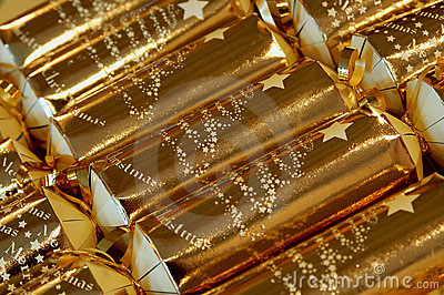 Gold christmas crackers