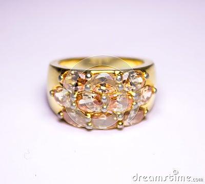 Free Gold Ring Royalty Free Stock Photos - 49312858