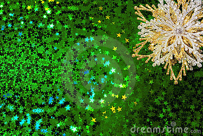 Gold snowflake on green