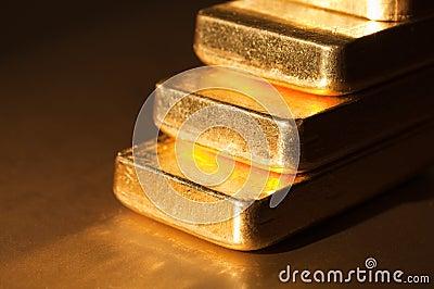 Gold step