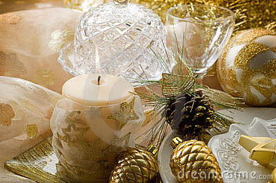 Gold xmas decorations