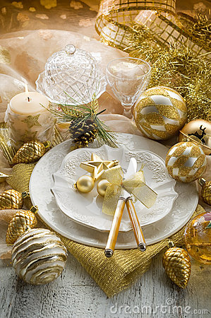 Gold xmas table