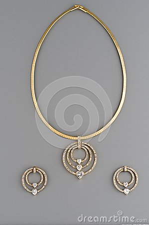 Golden accessory set