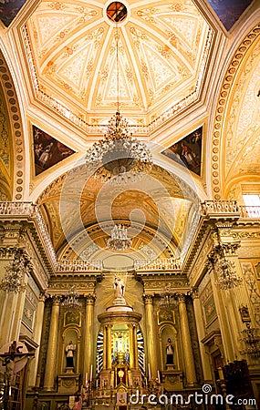 Free Golden Altar Pink Dome Basilica Guanajuato Mexico Stock Image - 5009591
